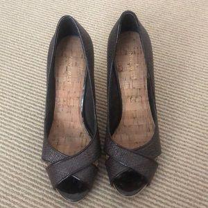 Nine West brown rattan & cork heels
